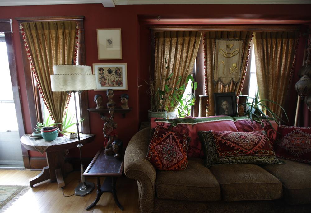 Old World Living Room - Kaisoca.Com